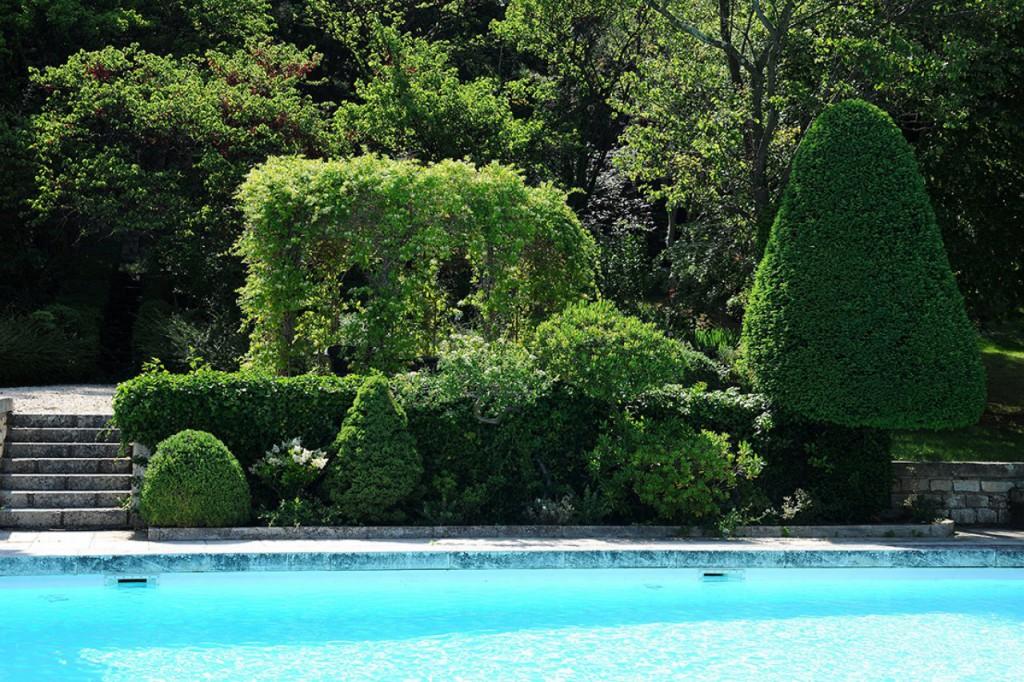 Faire appel une entreprise du paysage jardin service for Entretien jardin locataire